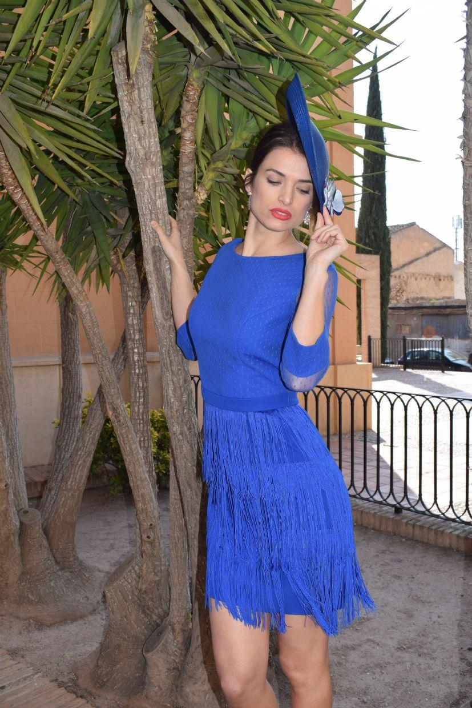 Vestido con flecos azul eléctrico
