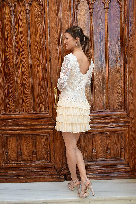 Vestido corto con falda de volantes - Foto 1