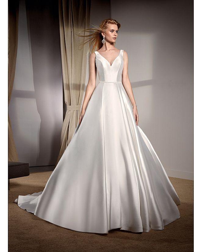 Producto: Vestido Novia escote de pico