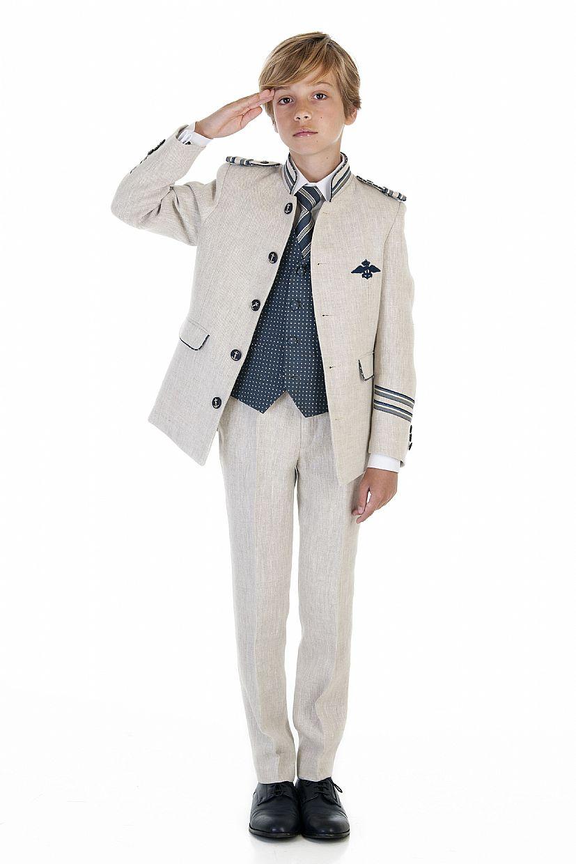 Producto: Traje almirante con cuello mao en color beig