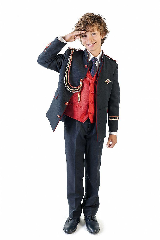 Producto: Traje almirante azul oscuro y chaleco rojo