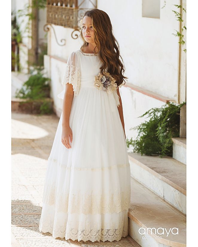 Producto: Vestido Comunión Amaya con manga y falda de encaje
