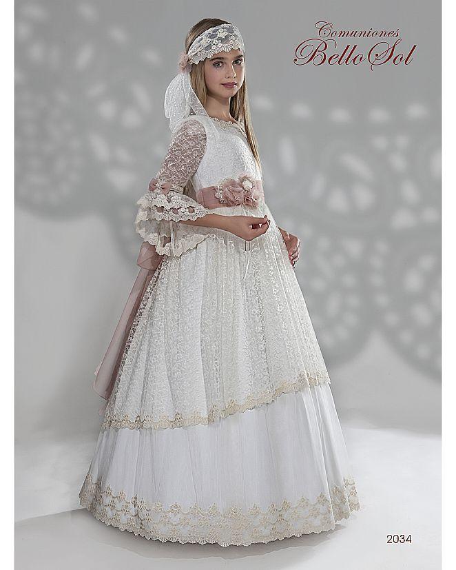 Producto: Vestido Comunión estilo romántico andaluz