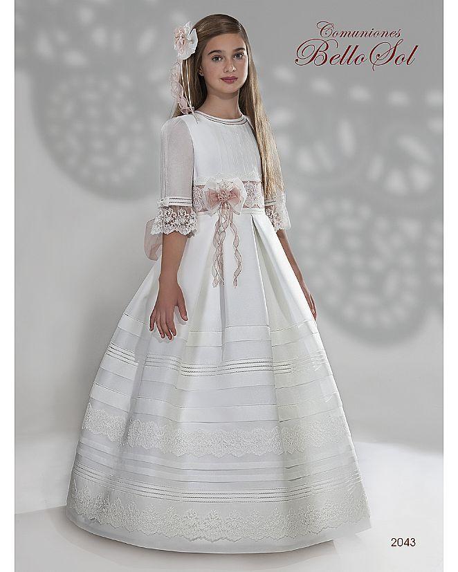 Producto: Vestido Comunión blanco con falda de tablas