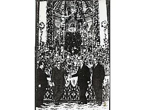 """Dos partituras del fondo musical del Archivo Californio.Himno a la Virgen de los Californios"""" y de la """"Salve"""""""