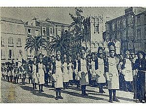 Divulgación Patrimonio Documental de la Cofradía. Fotografías de Juan Sáez de la procesión de Miércoles Santo. Publicadas en Cartagena y sus procesiones de Semana Santa. 1944