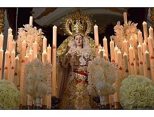 Himno Akathistos en honor a la Virgen del Rosario
