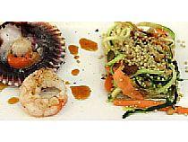 Restaurante-bar La Cruz<br> Vieira con ensalada de quinoa<br> C/ La Monja, 89<br> *Cerrado: Jueves