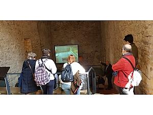 Alumnos de la Universidad de Murcia visitan el Museo Arqueológico Los Baños