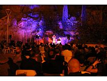 ECOS Festival: Concierto de Raquel Andueza y La Galanía en el jardín del Museo Arqueológico Los Baños  - Foto 4